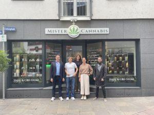 Gruppenbild Shoperöffnung Koblenz